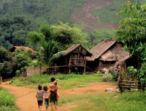 laos_village_children